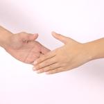 職場の人間関係で生まれたトラブル…スマートな解消法とは?