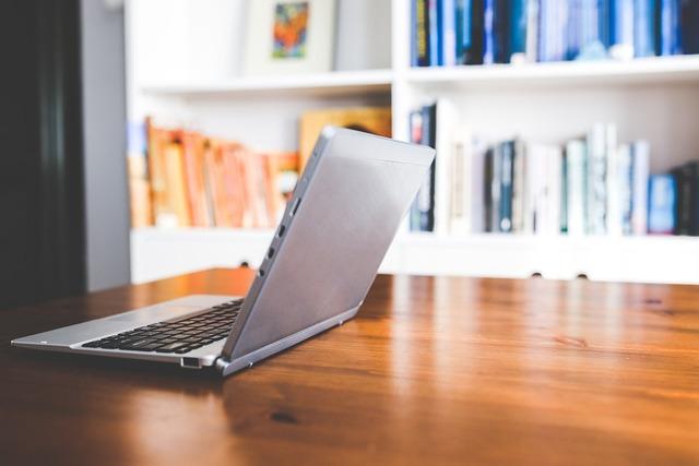 無料の写真: 技術, ラップトップ, コンピュータ, ネットブック, オープン - Pixabayの無料画像 - 791032