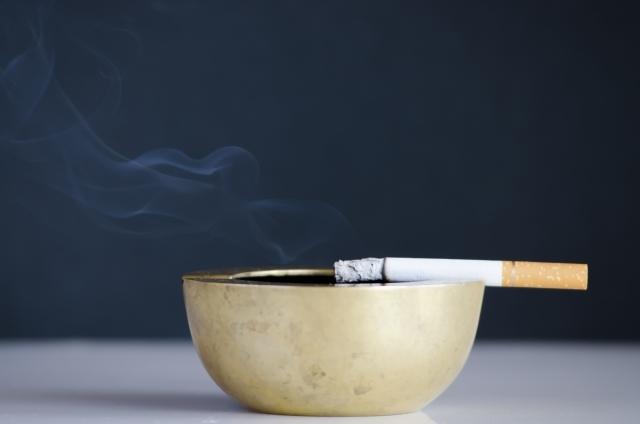 たばこ|写真素材なら「写真AC」無料(フリー)ダウンロードOK