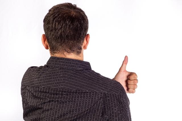 グーサインの男性|写真素材なら「写真AC」無料(フリー)ダウンロードOK