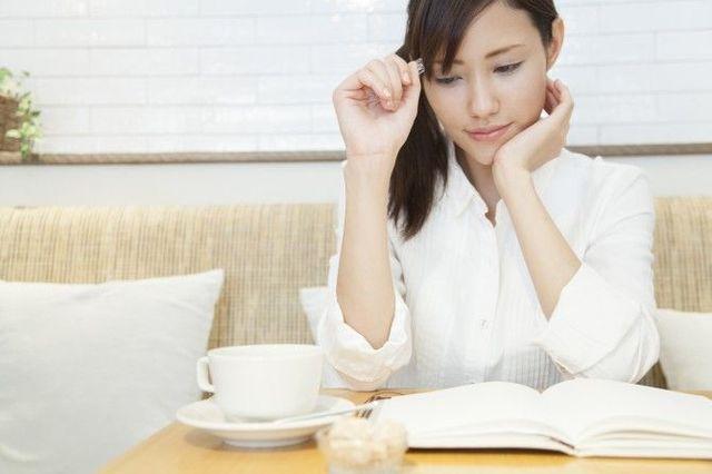 スキマ時間をうまく使いたい! 社会人女性が考えた、資格勉強に集中するための対処法4つ 「マイナビウーマン」