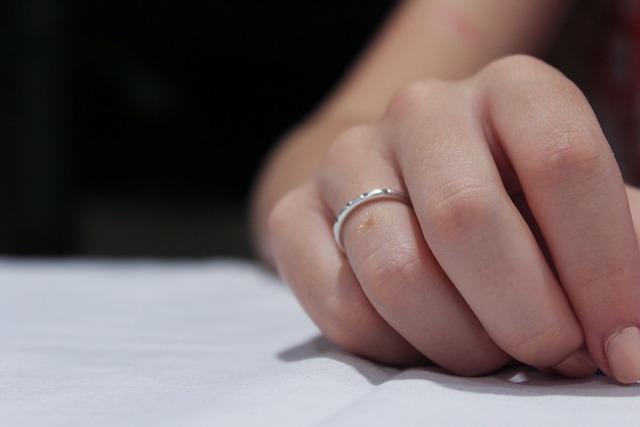 無料の写真: 手, リング, 愛, 女性, 結婚式, 結婚, 結婚指輪, 男, 花嫁 - Pixabayの無料画像 - 1613399