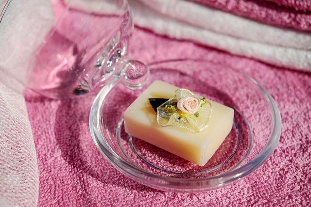 無料の写真: 石鹸, 自然派化粧品, 羊のミルク石鹸, 香りの石鹸, バラの香り - Pixabayの無料画像 - 1735991