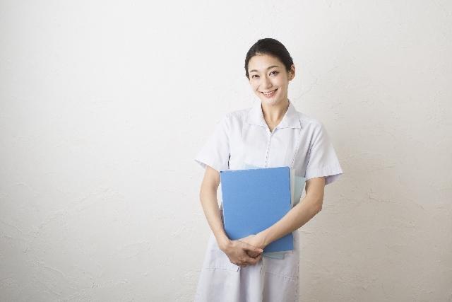 白衣の女性165|写真素材なら「写真AC」無料(フリー)ダウンロードOK