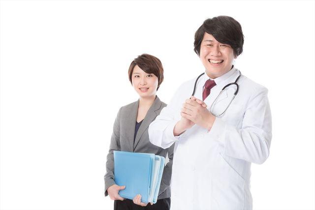 病気の予防・治療のため医療機器を提案する営業担当|フリー写真素材・無料ダウンロード-ぱくたそ