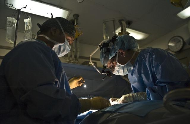 無料の写真: 医師, 手術, 操作, 手術室, 病院, 医学, 滅菌, ライト - Pixabayの無料画像 - 79579