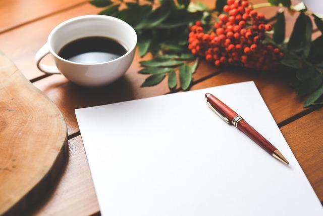 無料の写真: 空白, 紙, ペン, コーヒー, 仕事, 作業, デスク, 木造 - Pixabayの無料画像 - 792125