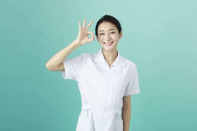白衣の女性5|写真素材なら「写真AC」無料(フリー)ダウンロードOK