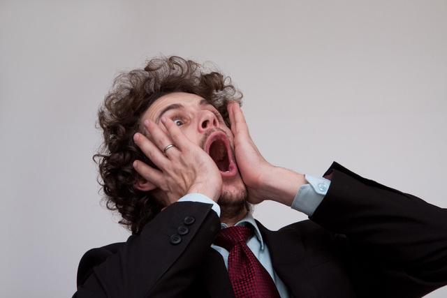 [フリー写真] ビックリしすぎる外国人男性 -  GATAG|フリー素材集 壱