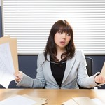 転職活動は「辞める前」、それとも「辞めてから」?