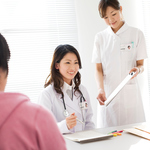 助産師とはどう違う?産婦人科の看護師の仕事内容とは