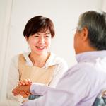 自宅療養する患者をサポートする訪問看護師の仕事