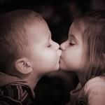 知りたい!究極のキス事情とカップルのキスの秘訣!