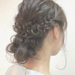 結婚式にお呼ばれしたときにオススメの髪型。 可愛く華やかなヘアアレンジ