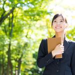 転職の服装はスーツだけじゃない、転職活動での女性の服装の注意点とは