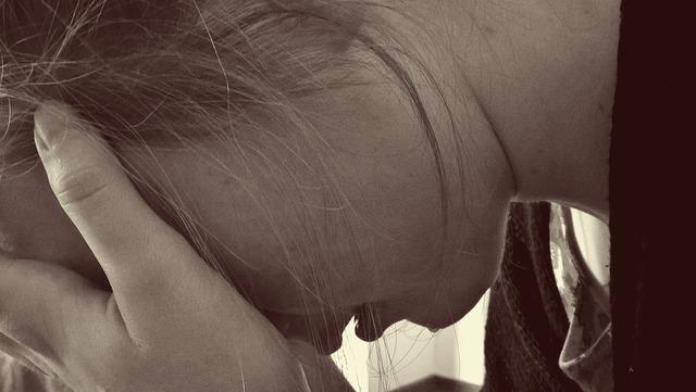 無料の写真: 女性, 絶望的です, 悲しい, 涙, 泣く, うつ病, 喪, 絶望 - Pixabayの無料画像 - 1006100