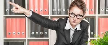 苦手な先輩にどう対応する?職場での女性先輩との賢い会話法 | そっか~(人´∀`)