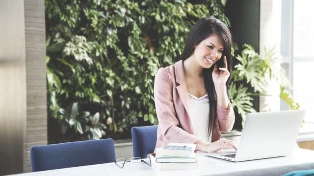 Free stock photo of businesswoman, calling, career