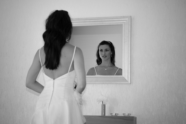 """鏡で""""確認""""していないと不安"""