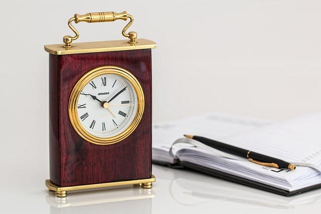 Free photo: Carriage Clock, Timepiece, Time - Free Image on Pixabay - 797833
