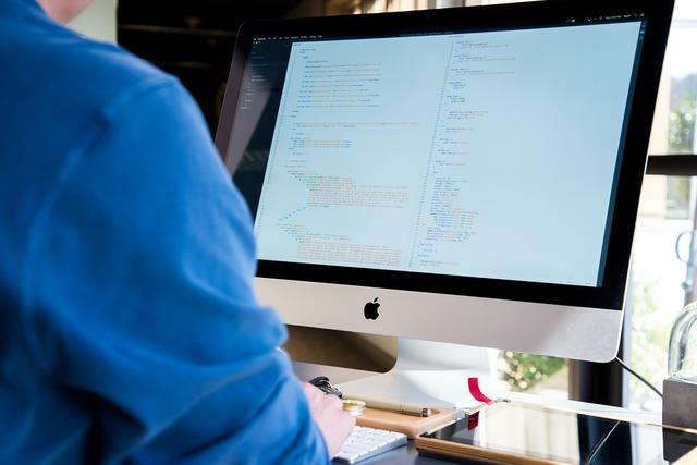 無料の写真: 画面, 技術, コンピュータ, ヘルスケア, 大人, 屋内で, 病院 - Pixabayの無料画像 - 1839500