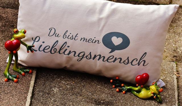 無料の写真: 枕, 愛, 中心部, バレンタインデー, グリーティング カード - Pixabayの無料画像 - 1735368