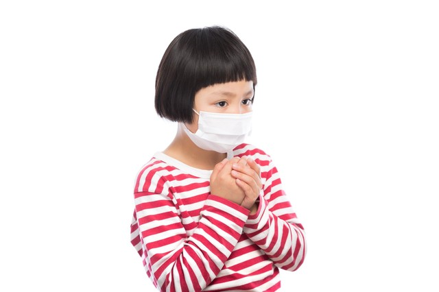 インフルエンザの予防に余念がない小学生|フリー写真素材・無料ダウンロード-ぱくたそ