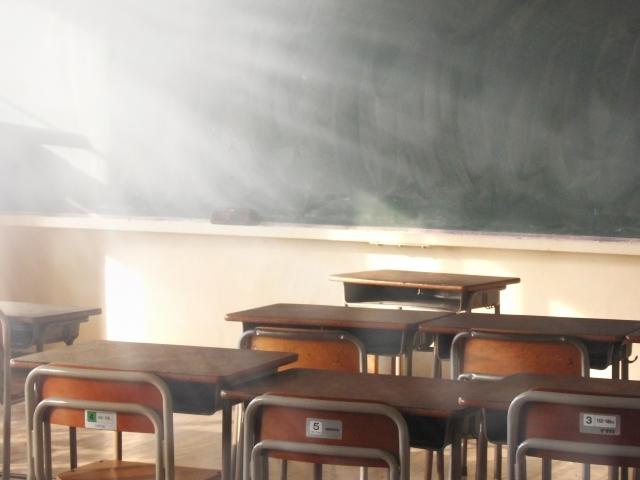 教室02|写真素材なら「写真AC」無料(フリー)ダウンロードOK