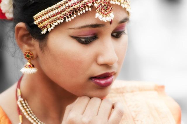 インド 女性 ダンサー · Pixabayの無料写真